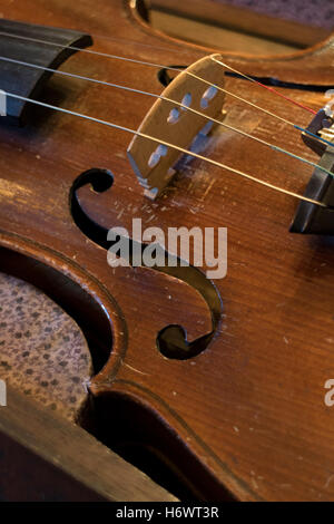 Pont vieux violons string close up Banque D'Images
