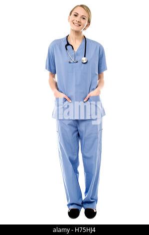 Médecin praticien médical médecin médecin femme rire rire rire rire rire sourire souriant twit en souriant en riant Banque D'Images