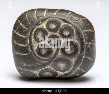 9 Composition, sculpté Rhin pebble 1965 par le sculpteur français Jean Henninger Banque D'Images