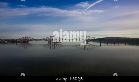 Queensferry, Edinburgh, Ecosse, 11 septembre, novembre, 2016. Phil Forth Railway Bridge Hutchinson/Alamy Live News