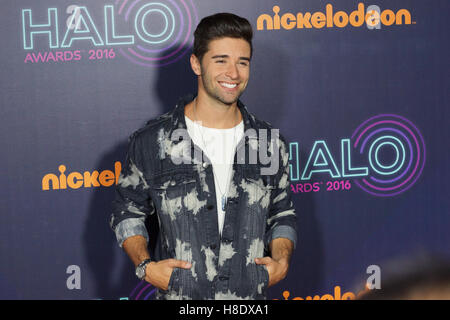 New York, USA. Nov 11, 2016. Jake Miller à l'HALO awards Nickelodeon au Pier 36, 11 novembre 2016 à New York, NY : Banque D'Images