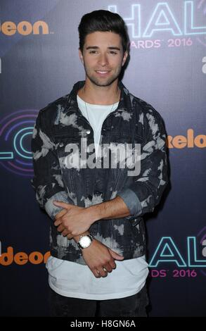 New York, NY, USA. Nov 11, 2016. Jake Miller aux arrivées de HALO Awards 2016 Nickelodeon, Pier 36, New York, NY Banque D'Images