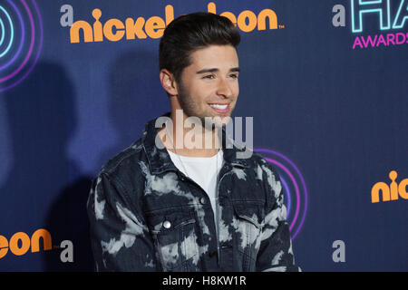 Jake Miller, 11 novembre 2016 à l'HALO Awards Nickelodeon au Pier 36 à New York, NY. Banque D'Images