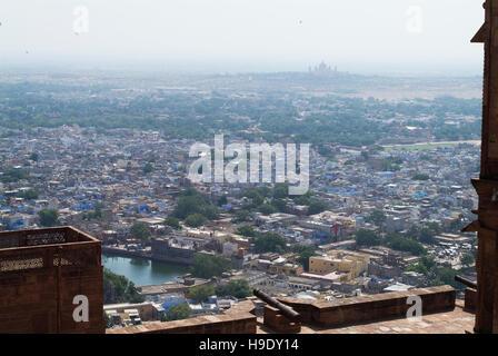 La vue sur Jodhpur et Umaid Bhawan de Fort Mehrangarh.