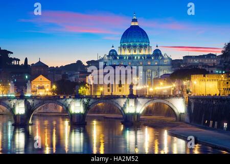 La Basilique St Pierre à Rome, Italie Banque D'Images