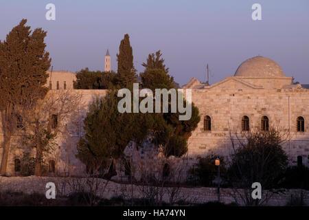 Avis de Deir Al Zeitoun, l'Église des Saints-archanges et le Patriarcat Arménien complexe dans le quartier arménien Banque D'Images