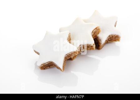 Étoiles à la cannelle cookies Banque D'Images