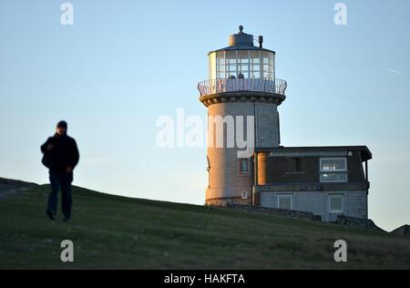 Belle Tout phare, près de Beachy Head, sur la falaise de craie du Parc National des South Downs. Banque D'Images