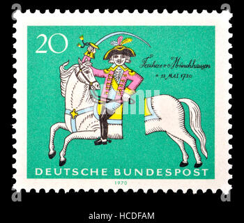 Timbre allemand (1970): Le Baron de Münchhausen - noble allemand fictif créé par l'écrivain allemand Rudolf Erich Banque D'Images
