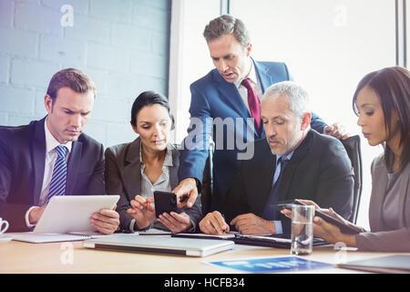 Businessman in conference room Banque D'Images
