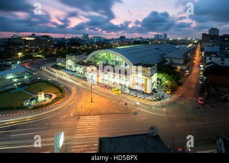 La gare centrale de Bangkok (Hua Lamphong Railway Station) est la gare principale de Bangkok, Thaïlande Banque D'Images