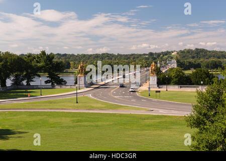 La vue sur le cimetière d'Arlington du Lincoln Memorial Banque D'Images