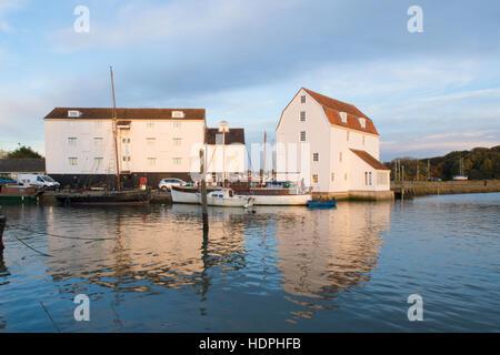 Woodbridge moulin à marée, rivière Deben, Suffolk, UK. Novembre Banque D'Images