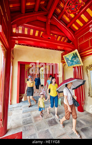Galerie ouverte à Khon Thai Residence (Queen's Appartement privé). Ville Impériale, Hue, Vietnam. Banque D'Images
