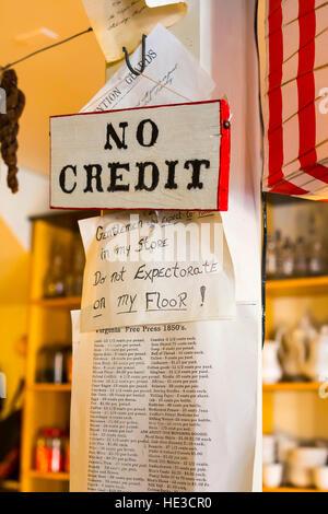 Harpers Ferry, WV - signes dans le magasin dans la région de Harpers Ferry National Historical Park. Banque D'Images