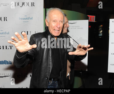 New York, USA. Dec 19, 2016. Ron Delsener participe à cette belle 'New York' fantastique au Théâtre SVA sur Décembre Banque D'Images