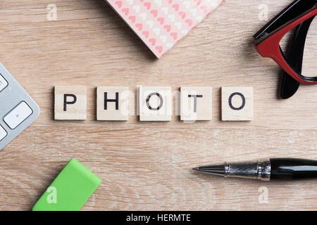 Photo de blocs de texte que la photographie concept sur le lieu de travail d'entreprise Banque D'Images