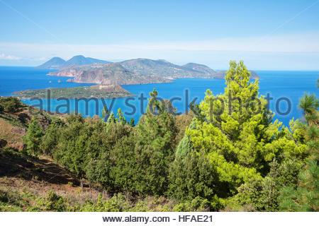 Voir l'île de Lipari et Salina, l'île de Vulcano, Îles Éoliennes, UNESCO World Heritage Site, Sicile, Italie, Banque D'Images