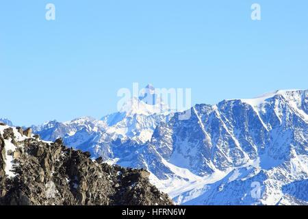 Matterhorn peak recouvert d'Alpes enneigées Banque D'Images