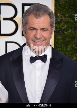 Los Angeles, Californie, USA. Le 08 Jan, 2017. Mel Gibson arrivant à la 74e assemblée annuelle Golden Globe Awards Banque D'Images