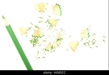 Copeaux de crayon isolé sur fond blanc Banque D'Images