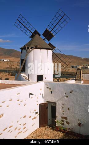 Moulin dans le musée Centro de Interpretacion de los Molinos, Tiscamanita, Fuerteventura, Îles Canaries, Espagne Banque D'Images