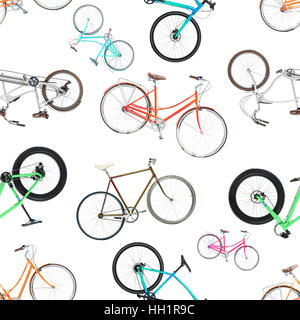 Modèle sans couture de différentes bicyclettes isolé sur fond blanc Banque D'Images