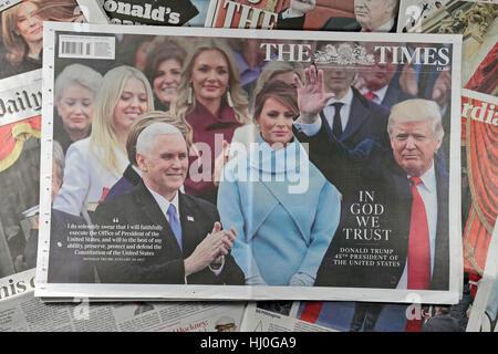 London UK. 21 janvier, 2017. Le journal The Times avant la page Réactions le samedi 21 janvier 2017, à la suite Banque D'Images