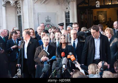 Londres, Royaume-Uni. 24 janvier 2017.Gina Miller s'exprimant après la Cour suprême a rejeté l'appel du gouvernement Banque D'Images