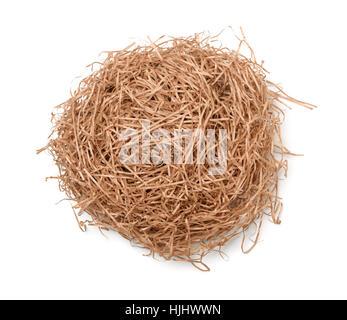 Vue de dessus de l'orifice de remplissage de papier brun déchiqueté isolated on white Banque D'Images