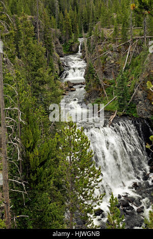 WY02198-00...WYOMING - les cascades de Kepler sur la Firehole River in Yellowstone National Park. Banque D'Images