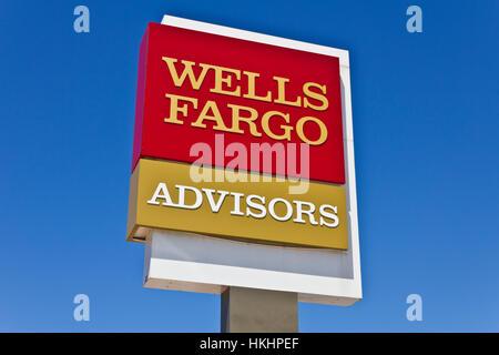 Indianapolis - Circa Juin 2016: une direction de Wells Fargo Advisors. La Wells Fargo est un fournisseur de services Banque D'Images