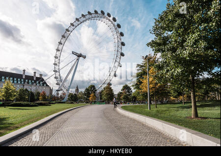 Londres, Royaume-Uni - 18 octobre 2016 : grande roue London Eye à Londres, Angleterre Banque D'Images