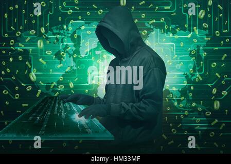 Pirate homme portant un masque anonyme vol de données à l'aide du clavier virtuel avec un code binaire en arrière-plan