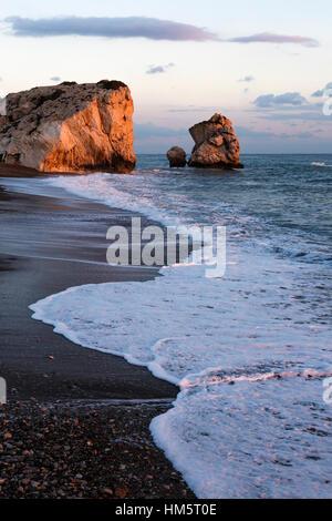 Rocher d'Aphrodite (Petra tou Romiou), près de Paphos, Chypre Banque D'Images