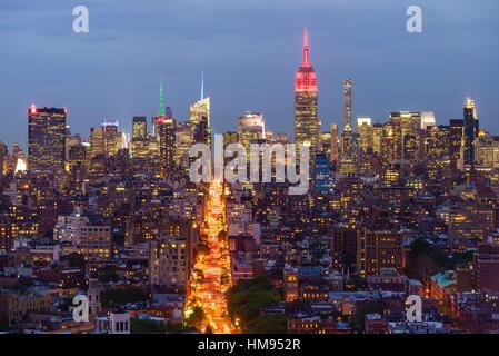 Empire State Building et sur les toits de la ville, Manhattan, New York City, États-Unis d'Amérique, Amérique du Nord