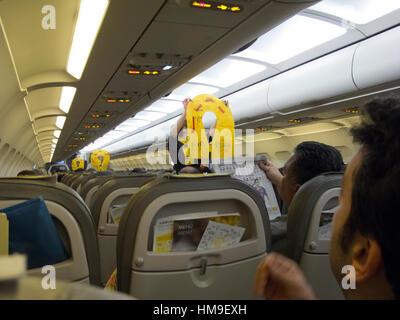 sc ne d 39 int rieur d 39 a ronefs l 39 a roport de barcelone vueling airline le d part de l 39 h tesse de. Black Bedroom Furniture Sets. Home Design Ideas