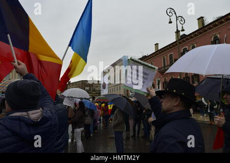 Vérone, Italie. 05Th Feb 2017. Peuple roumain de Verona protester contre le gouvernement roumain, Verona, Italie. Banque D'Images