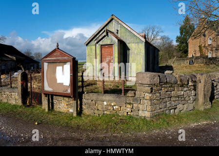 Old Methodist tin tabernacle, with Thorlby, près de Skipton, North Yorkshire, UK Banque D'Images