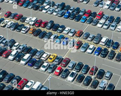 Vue aérienne du parc automobile Banque D'Images