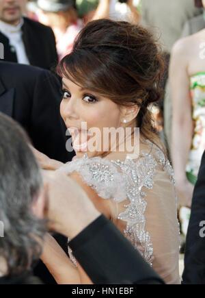 """Eva Longoria arrive à la soirée d'ouverture première de 'Moonrise Kingdom"""" au 65e Festival de Cannes à Cannes, France, Banque D'Images"""