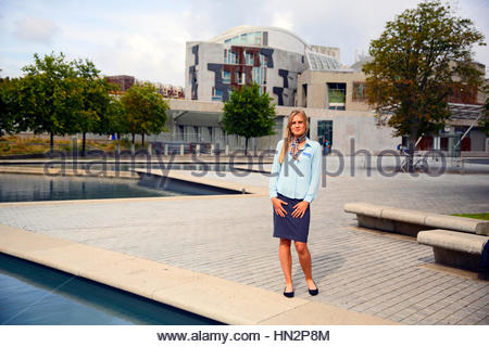 Guide à le parlement écossais à Édimbourg Banque D'Images