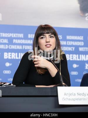Berlin, Allemagne. 10 fév, 2017. Anjela Nedyalkova actrice du film britannique 'T2 Trainspotting' assiste à une Banque D'Images