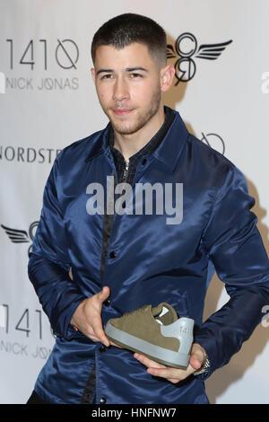 Los Angeles, Californie, USA. Feb 11, 2017. Nick Jonas à Nick Jonas et créative du Loisirs Collection 1410 Lancement au Canada à Los Angeles, Californie le 11 février 2017.
