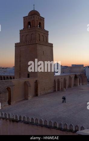 Tunez: Kairouan.la grande mosquée mosquée. Fondée par sidi uqba au Vième siècle est le plus ancien lieu de prière Banque D'Images