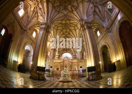 Copie de la Piedad de Michel-Ange à l'intérieur de la cathédrale de Guadix province de Granada, Granada, Andalousie, Banque D'Images