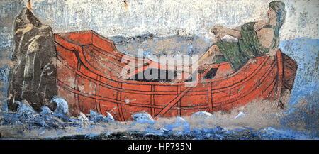Kas, Turkey-April 4, 2015: anonyme des dessins sur les murs intérieurs des brise-lames du port représentent des Banque D'Images