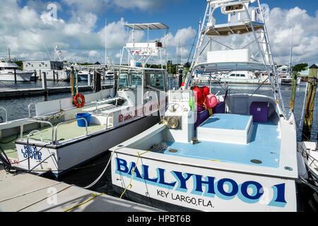 Key Largo Floride Florida Keys supérieur embarcadère bateau de pêche de propagande 1 fly bridge bateaux de plaisance Banque D'Images