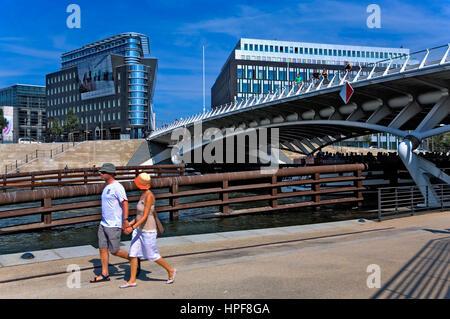 Spree. à droite pont de Santiago Calatrava.Berlin. Allemagne Banque D'Images