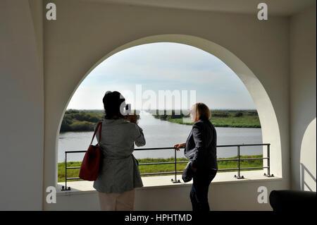 France, Loire-Atlantique, Bouaye, Chambre de Grand-Lieu près de Nantes, le pavillon sur les rives du lac, avec sa Banque D'Images